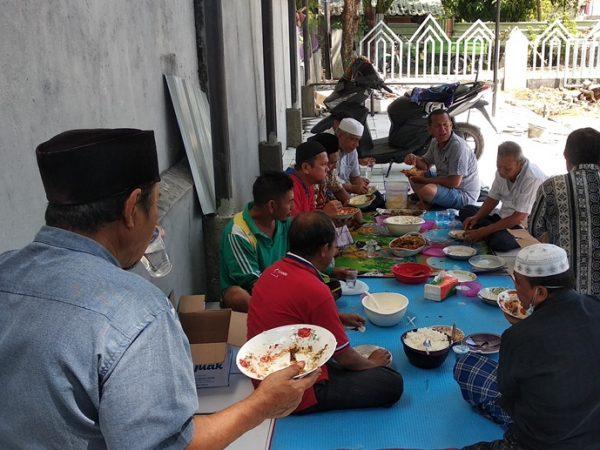 makan bajamba-1: atas suksesnya tahapan renovasi masjid